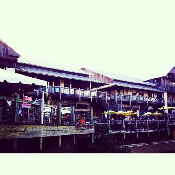 Great southern restaurants fishhousepensacola for The fish house pensacola fl