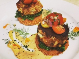 All those who love Chef Irv's crab cakes say YEAAAH! Stop in for dinner tonight and get you some! #jacksonsrestaurant #crabcakes #chefirvmiller ?: @jeffscornergarden