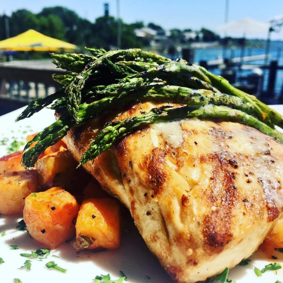 It's lunch time! Today's special is grilled mahi over Cajun potatoes served with grilled asparagus! ?