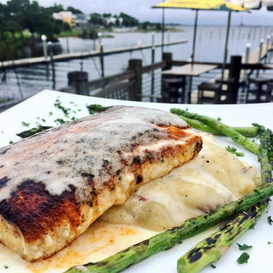 Start your week with us! Treat yourself to lunch today. Today's lunch special: ?Blackened mahi over havaretti dill mashed potatoes served with grilled asparagus and finished with buerre blanc sauce.