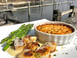 Join us today at the Fish House for lunch! Our feature of the day is blackened sea scallops served with a side of oven baked lobster macaroni and cheese and grilled asparagus finished with lemon beurre blanc and pomegranate syrup. Delicious! #fishousepensacola #downtownpensacola #upsideofflorida