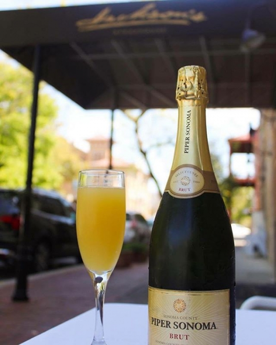 Stop by for $10 bottomless Piper Sonoma champagne on your way to the @greatgulfcoastartsfest! We are open for brunch from 11am-2pm!  #foofoofest2018 @sogodistrictpensacola