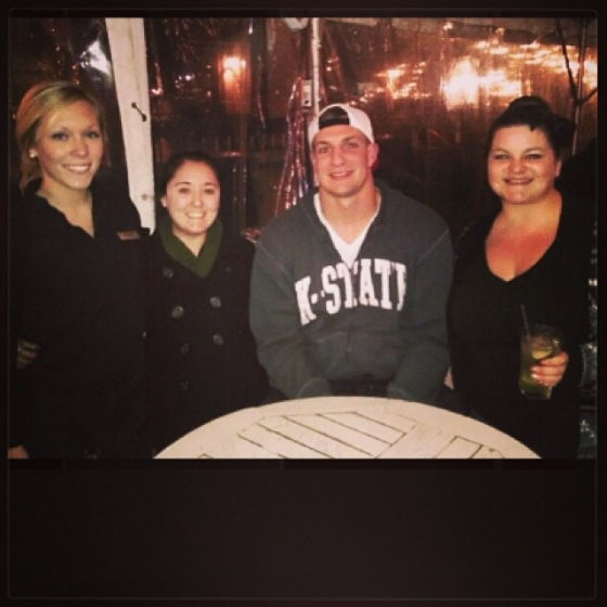 New England Patriots tight end, Rob Gronkowski, stopped by the Fish House last night! #fishhouse #pensacola #newengland #patriots #tightend #ladiesnight #pats #gronk #nfl @rob_gronk_pats