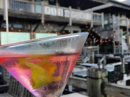 It's Ladies Night! You know what that means.. $2 drinks for ladies! Cheers!  #downtownpensacola #pensacola #ladiesnight