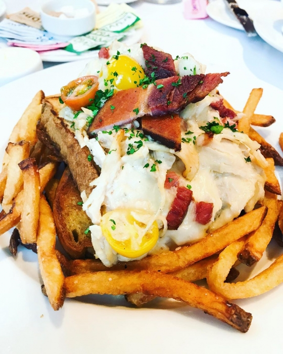 What're you having for brunch?! How about one of our new additions like the Hot Brown: A baked open-face turkey sandwich, griddled challah bread, house-mornay sauce, Bill-E's smoked bacon, cherry tomatoes, melted Fontina and Parmesan...YUM!