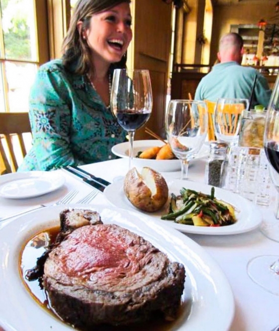 Join us tonight for a 16 oz. slow roasted prime rib, Steakhouse baked potato and sautéed vegetables for $19.95  #primetimetuesday #jacksonssteakhouse